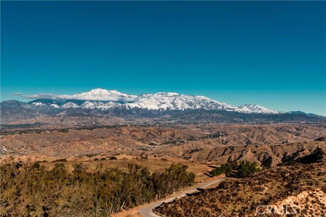 27830 Deerview Drive, Redlands CA: http://media.crmls.org/medias/6b28cca1-a5c5-4fc2-a1a5-5b657aebb6b0.jpg