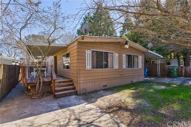 3562 Mountain View Street, Clearlake CA: http://media.crmls.org/medias/6b29410f-ac72-4ef4-a61b-9e1f3c6b8b17.jpg