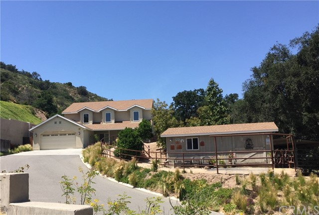 Single Family Home for Sale at 19601 Live Oak Canyon Road Trabuco Canyon, California 92679 United States