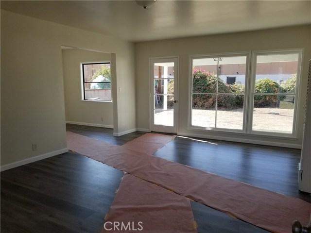 143 N Maplewood Avenue, West Covina CA: http://media.crmls.org/medias/6b35ebdc-f623-4dc1-bffe-276f1ec27302.jpg