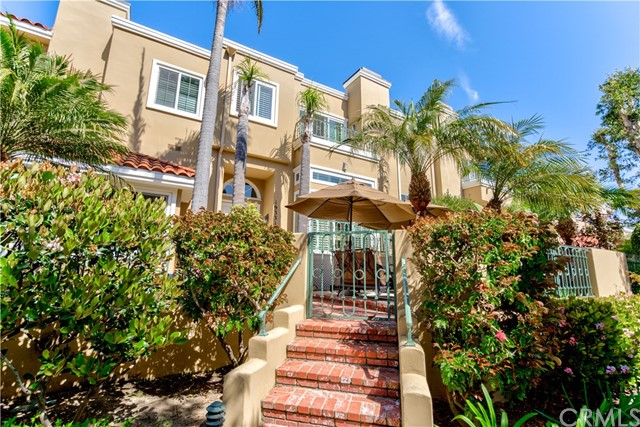 Huntington Beach Homes for Sale -  Gated,  19331  Brooktrail Lane