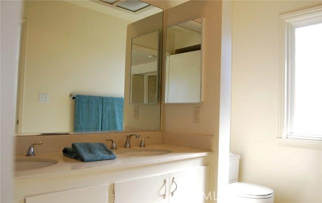 27721 Longhill Drive, Rancho Palos Verdes CA: http://media.crmls.org/medias/6b3f3e75-4a0e-4ea1-82a2-55268b4696f6.jpg