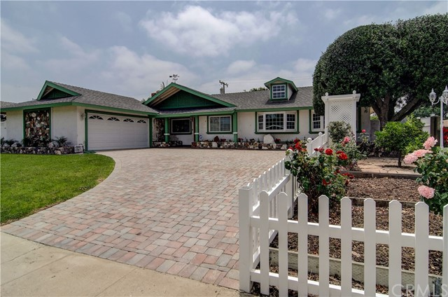 One of Orange 4 Bedroom Homes for Sale at 2140 E Cloverdale Avenue