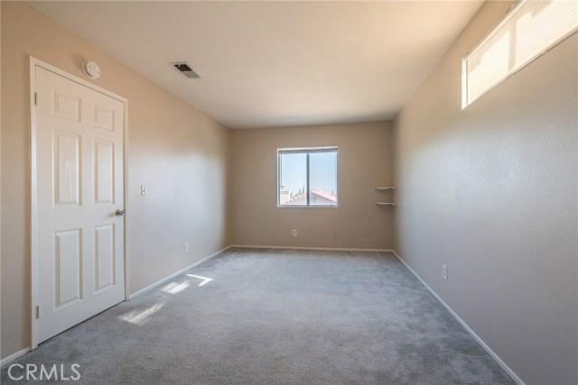 41235 Chestnut Street Palmdale, CA 93551 - MLS #: CV17207970