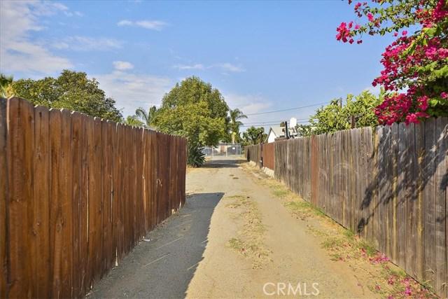 3878 Skofstad Street, Riverside CA: http://media.crmls.org/medias/6b519554-9574-433b-9977-2b6bcb75a62b.jpg