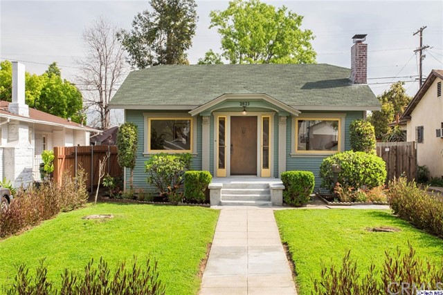 Single Family Home for Sale at 2823 Avenue 32 W Glassell Park, California 90065 United States