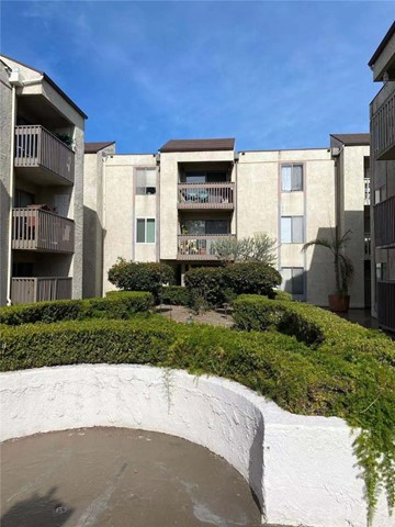 Detail Gallery Image 1 of 22 For 1620 Neil Armstrong St #206,  Montebello,  CA 90640 - 2 Beds | 2 Baths