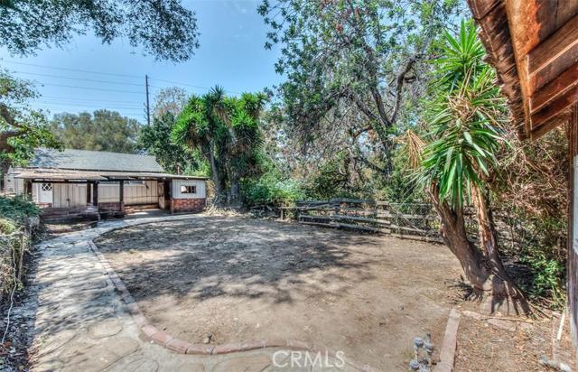 Single Family Home for Sale at 2651 Santiago St Santa Ana, California 92706 United States