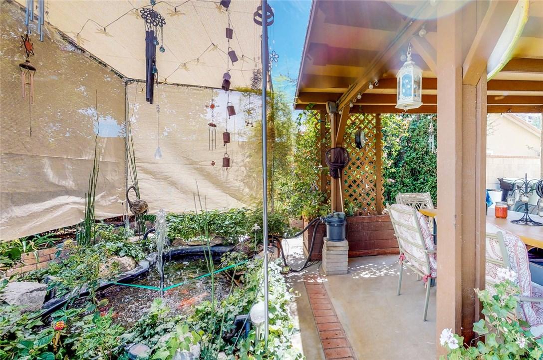 2190 Cordillera Avenue, Colton CA: http://media.crmls.org/medias/6b767212-85e7-4ad8-a7de-cc84c5e4459a.jpg