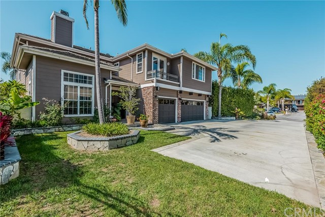 Single Family Home for Sale at 19411 Sandpebble St Huntington Beach, California 92648 United States