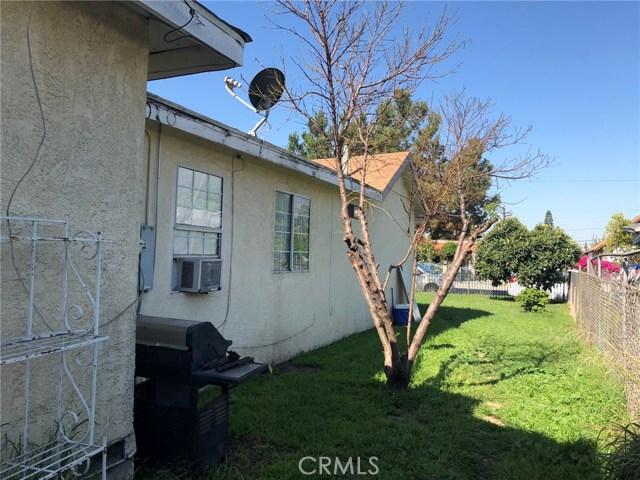 2326 Granada Avenue, South El Monte CA: http://media.crmls.org/medias/6b969510-6bcf-4bee-bd22-28c0ed85471f.jpg