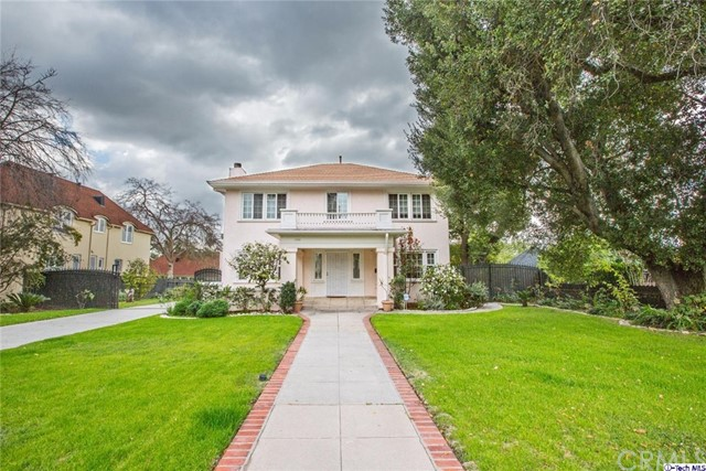 Single Family Home for Sale at 1732 Mountain Street E Pasadena, California 91104 United States