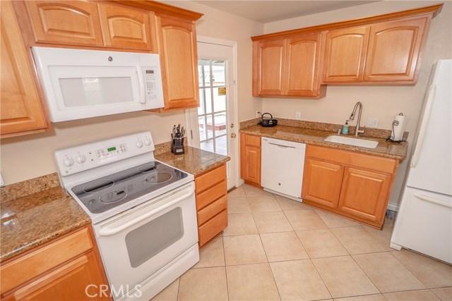 14781 Dalman Street, Whittier CA: http://media.crmls.org/medias/6b9fe023-c5d0-443f-a4ca-ad0d60b14527.jpg