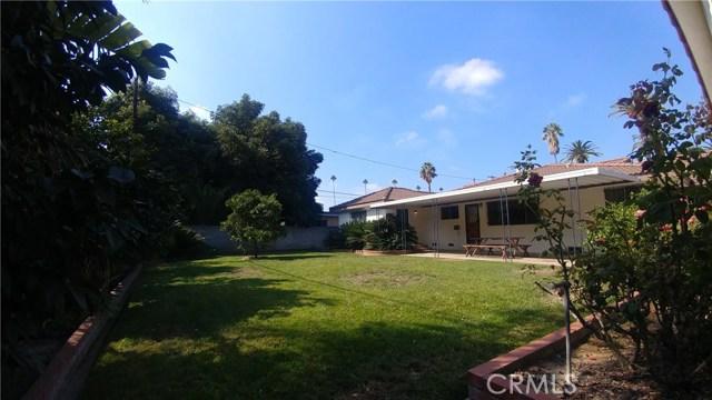 9322 Tweedy Lane, Downey CA: http://media.crmls.org/medias/6ba63297-c754-4f32-8116-dec78730dae9.jpg