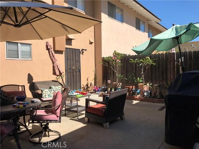 10670 La Rosa Lane, Fountain Valley CA: http://media.crmls.org/medias/6ba68e87-651d-4622-9243-82a71d8f8e1a.jpg