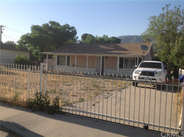 Single Family Home for Sale at 880 41st Street W San Bernardino, California 92407 United States