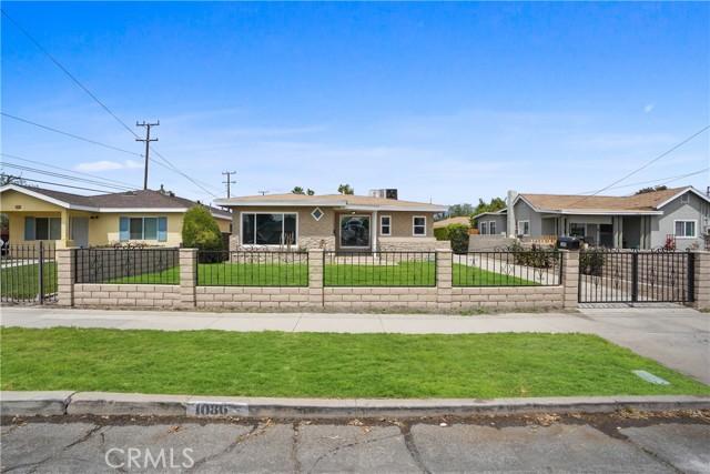 1086 W 10th Street, San Bernardino CA: http://media.crmls.org/medias/6bbbf4cb-5ff9-41c1-a511-56ea83ded0a5.jpg