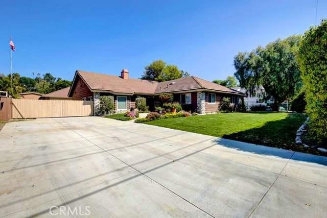 Single Family Home for Sale at 18841 Fairhaven Avenue North Tustin, California 92705 United States