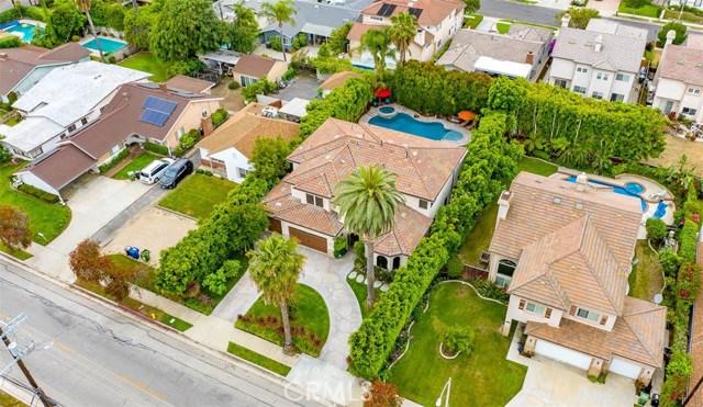 4861 Haskell Avenue, Encino CA: http://media.crmls.org/medias/6bc48dad-a656-41d5-8687-f21bbeb2f5d4.jpg