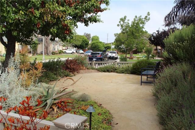 7836 Kenyon Ave, Los Angeles, CA 90045 photo 2