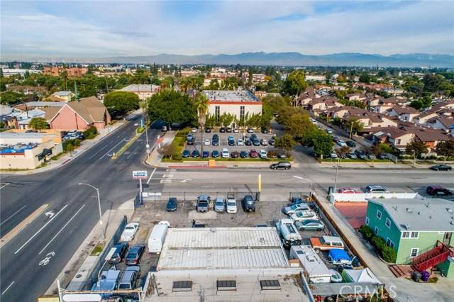 6990 N Paramount Boulevard, Long Beach CA: http://media.crmls.org/medias/6bd2b1e2-32b0-4d51-b586-724af7b6f421.jpg