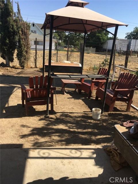 1028 S Foisy Street, San Bernardino CA: http://media.crmls.org/medias/6bdfeeab-a571-47f0-86fb-27eeb8b0d1fd.jpg