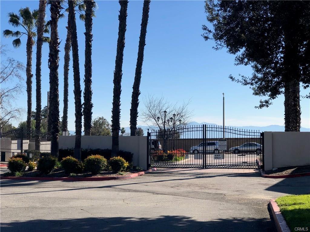 9866 Highland Unit D Avenue, Rancho Cucamonga CA: http://media.crmls.org/medias/6be20089-389c-4b64-9a8f-a3fc623d9f6d.jpg