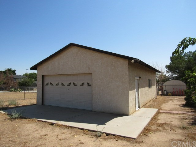 14708 Mojave Street, Hesperia CA: http://media.crmls.org/medias/6be4910f-75de-4600-a44c-f733fe5f9821.jpg