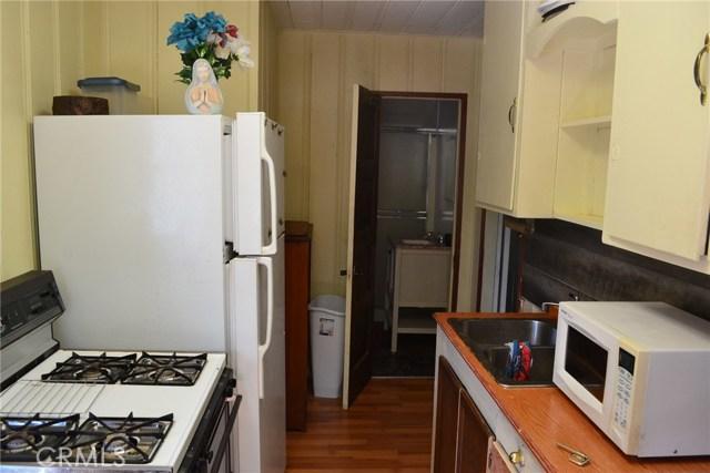 721 Fir Street, Paradise CA: http://media.crmls.org/medias/6bed4811-1a91-4f01-98b7-0776e5842d81.jpg
