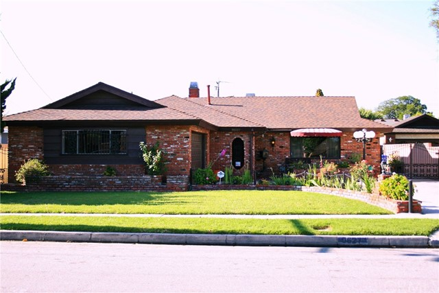 9627   Walnut Street , BELLFLOWER