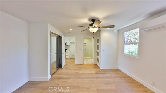 2226 N Buena Vista Street, Los Angeles, California 91504, ,For sale,Buena Vista,BB20229700