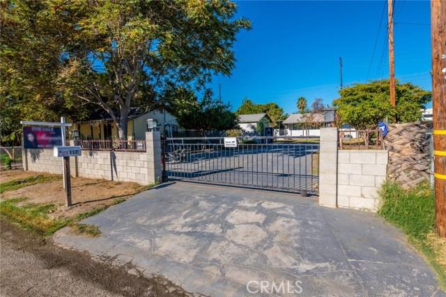 1178 Barton Street, San Bernardino CA: http://media.crmls.org/medias/6c1e0b15-5f97-48b5-a883-d8aa973a8079.jpg