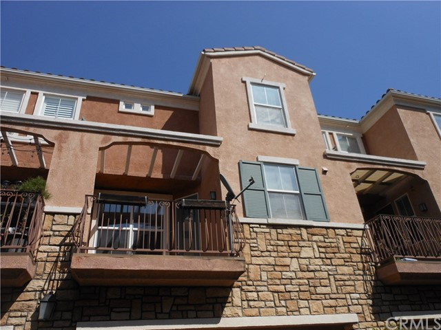 1307 Terra Bella , CA 92602 is listed for sale as MLS Listing OC17236144