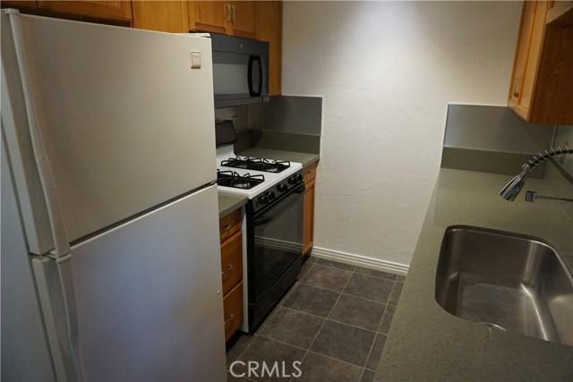422 N 8th Avenue, Upland CA: http://media.crmls.org/medias/6c2a49ef-b454-4bd0-9f9e-7989dfd6e875.jpg
