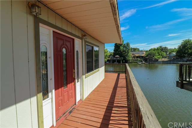 15198 Harbor Lane, Clearlake CA: http://media.crmls.org/medias/6c2e88b9-5b86-4eed-a50f-4edc87a49ea5.jpg