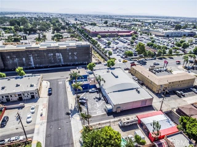 805 S Harbor Boulevard, Fullerton CA: http://media.crmls.org/medias/6c2ee88e-b83a-4216-9626-3d456913249e.jpg