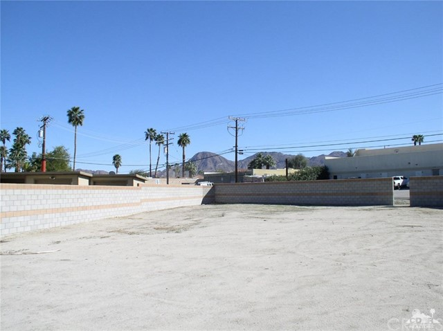 0 San Benito Circle, Palm Desert CA: http://media.crmls.org/medias/6c35fc11-6eb4-4b00-8907-e135bdab95f2.jpg