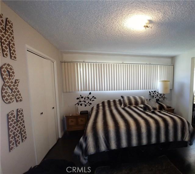 386 Deborah Court, Upland CA: http://media.crmls.org/medias/6c3ad6da-3d30-4da9-81b1-e605db781f48.jpg