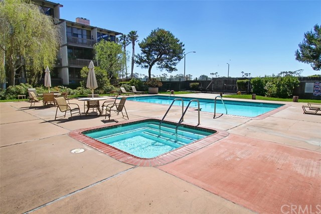 9220 Marina Pacifica Dr, Long Beach, CA 90803 Photo 51