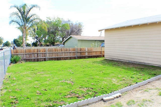 18377 10th Bloomington, CA 92316 - MLS #: IV18061740
