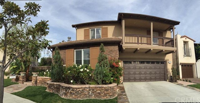Single Family Home for Sale at 404 Hudson St Tustin, California 92782 United States