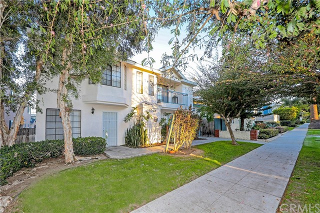 1048 Newport Av, Long Beach, CA 90804 Photo 1