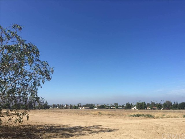 Land for Sale at Cottonwood Avenue Moreno Valley, United States