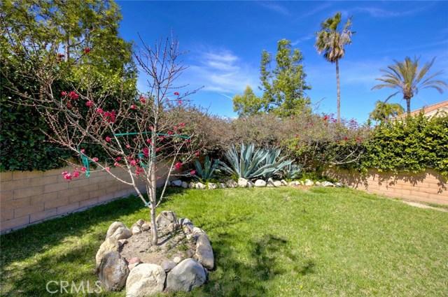 32 Regalo Drive, Mission Viejo CA: http://media.crmls.org/medias/6c622409-94f5-4fa4-9119-bf7871702b02.jpg
