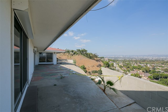 4149 Don Jose Dr, Los Angeles, CA 90008 Photo 4