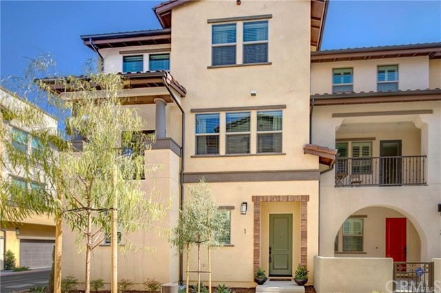 3830 W KENT Avenue Unit 3 Santa Ana, CA 92740 - MLS #: PW18267637