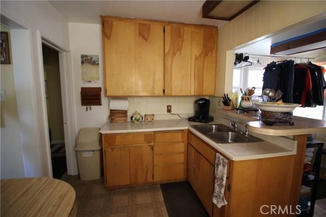 798 Bunker Hill Drive, San Bernardino CA: http://media.crmls.org/medias/6c768b77-ee3f-4516-ad52-3fd4d6e223c5.jpg