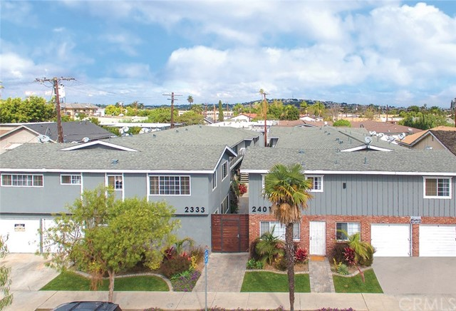 Residential Income for Sale at 2333 E 5th Street 2333 E 5th Street Long Beach, California 90814 United States