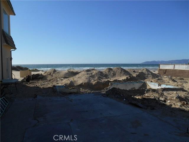 1358 Strand Way, Oceano CA: http://media.crmls.org/medias/6c902183-d67f-4c88-b29e-3e6f99468377.jpg