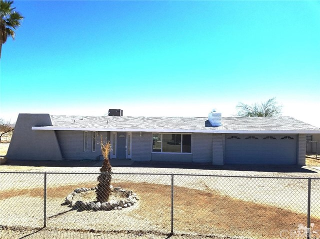 1453 Marina  (POOL) Drive Salton City, CA 92275 - MLS #: 218014044DA